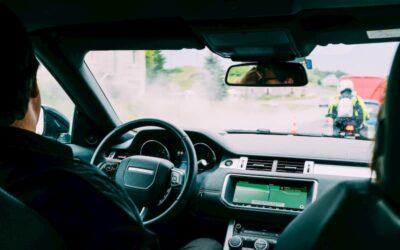 ¿Cuáles son los espejos retrovisores obligatorios en cada vehículo?